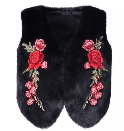 embroidery imitation fur black / white vest CODE: mon646
