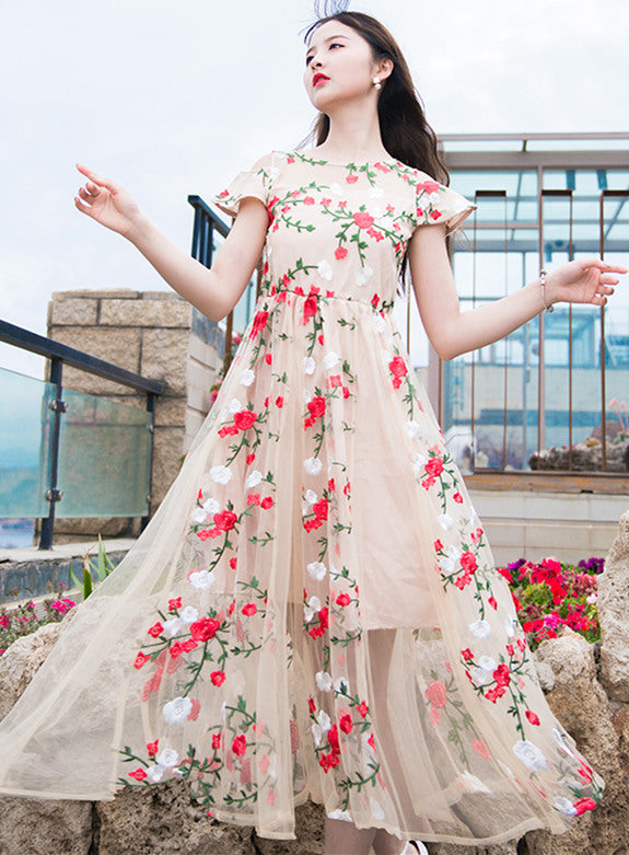 Fairy Lady Flowers Embroidery Maxi dress CODE: mon463