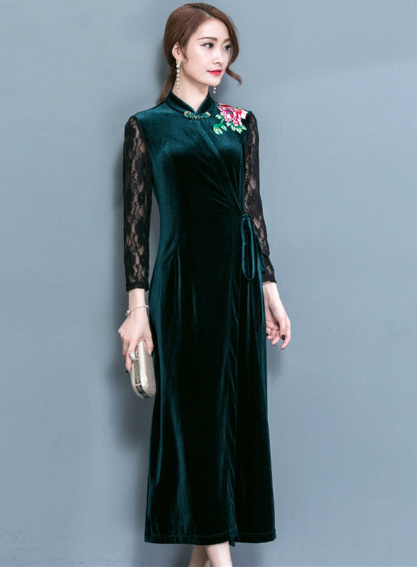 Embroidery Lace Sleeve Velvet Dress CODE: mon685