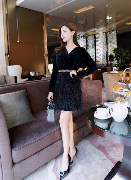 V-neck Chain Waist Velvet Feather Dress CODE: mon718
