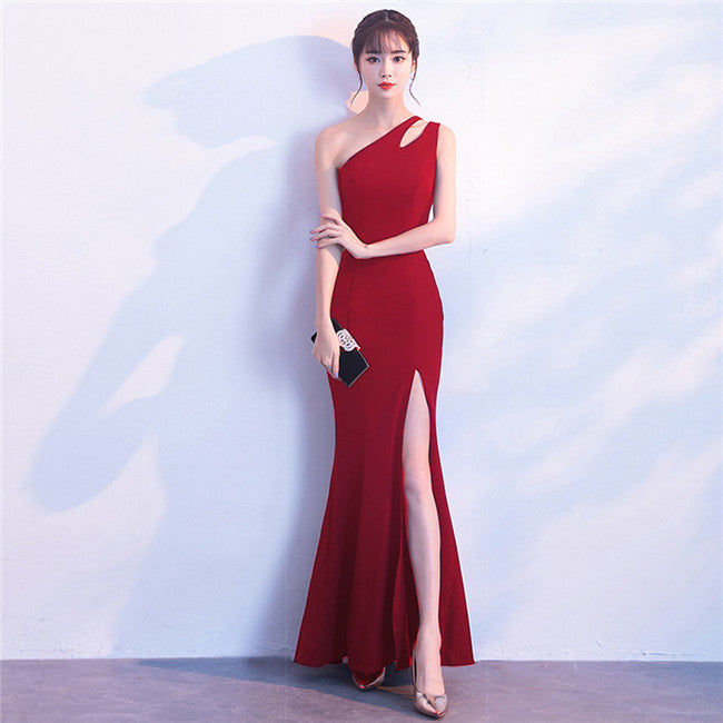Off Shoulder Split Long Dress CODE: mon721
