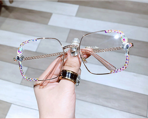 Fashion Square Sunglasses with Metal Frame and Rhinestones CODE: KAR919
