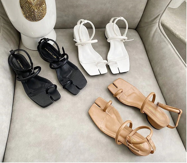 Sandals Heels All-match Buckle Strap Med Platform  CODE: KAR821
