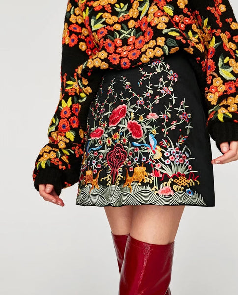 Embroidered Floral/ Flower Skirt CODE: mon1153