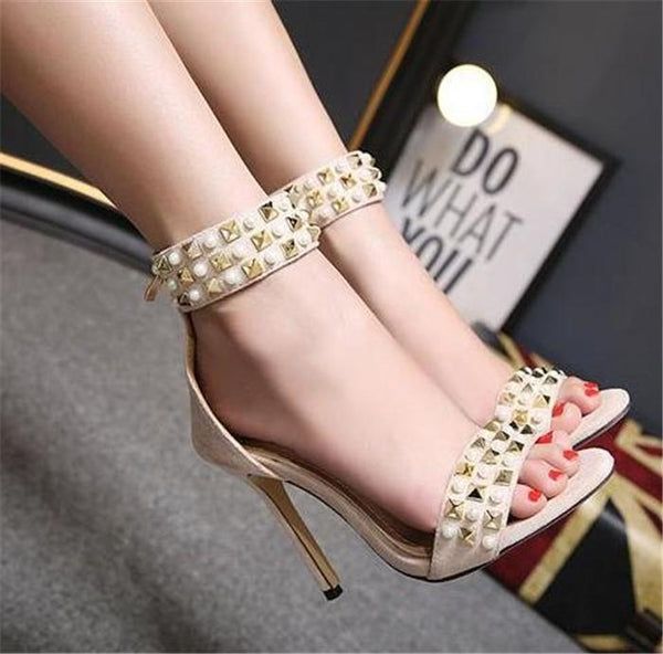 High Heeled Rivet Pearl sandals SIZE:37 , 39 CODE: READY594