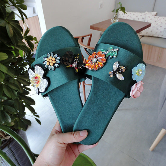 Casual Bling Slippers CODE: mon1092