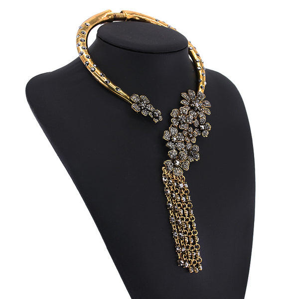 Luxury diamond flower retro tassel Necklace CODE: mon1514