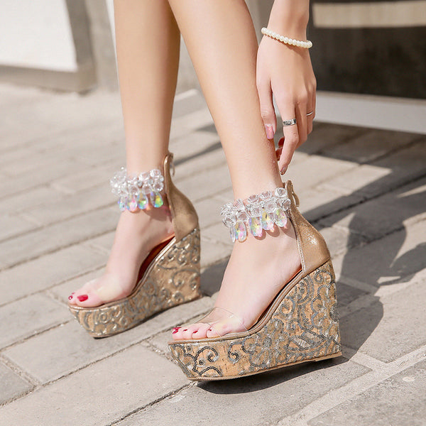 Beads embroidered wedge platforms CODE: mon1592