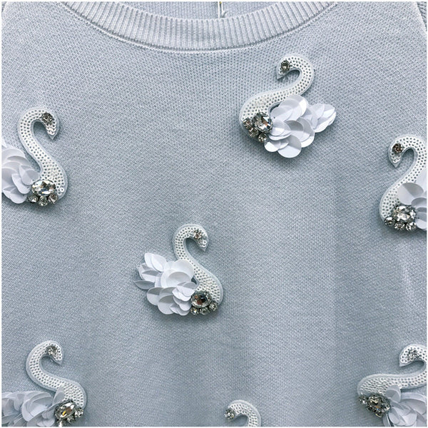 diamond-studded three-dimensional small swan sweater CODE: mon605