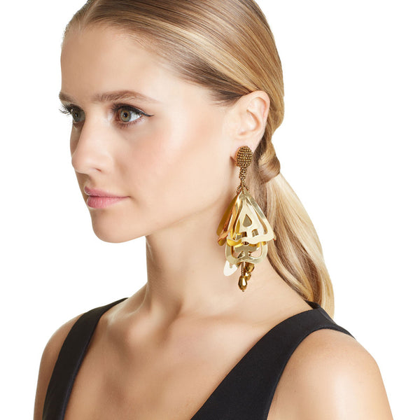 hollow acrylic earrings  rice beads earrings CODE: mon667