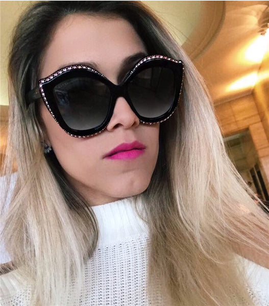 lip-shaped luxury diamond sunglasses trendy sunglasses CODE: mon721