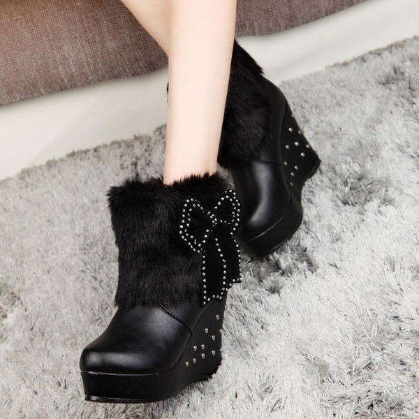 bow slope fur beaded Boots CODE: mon770