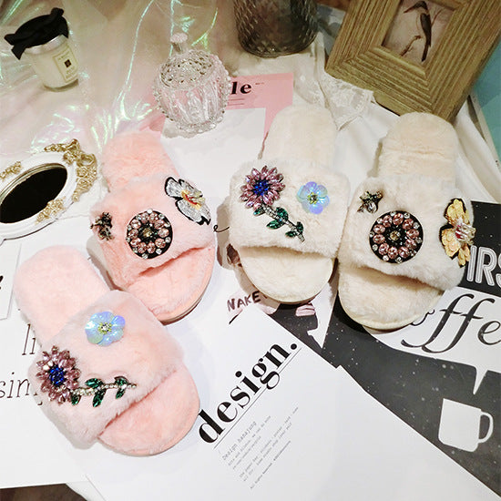 Flower Bee warm plush slippers CODE: mon844