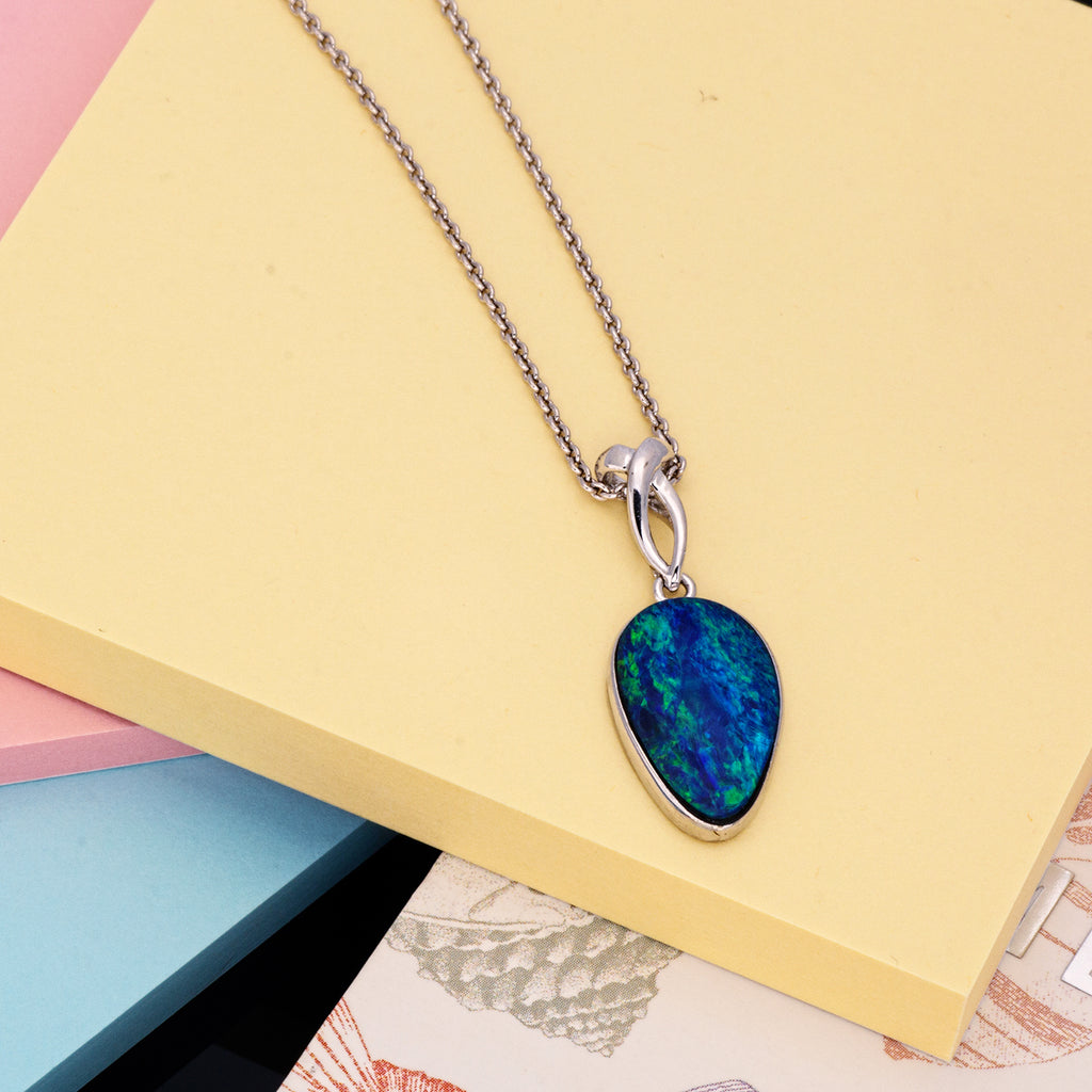 Elegant Free Style Silver Multicolor Doublet Opal pendant