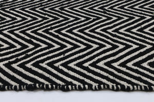 Natura Black and White Wool Rug