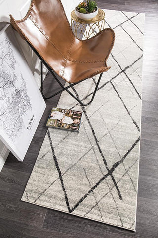 Oasis 452 White Grey Contemporary Runner Rug
