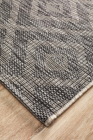 Courtyard 5504 Black Indoor Outdoor Runner Rug - Floorsome
