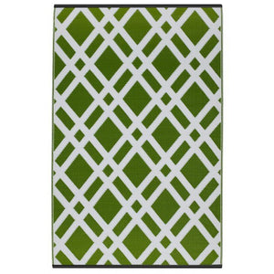 Recycled plastic outdoor rug Dublin green and white