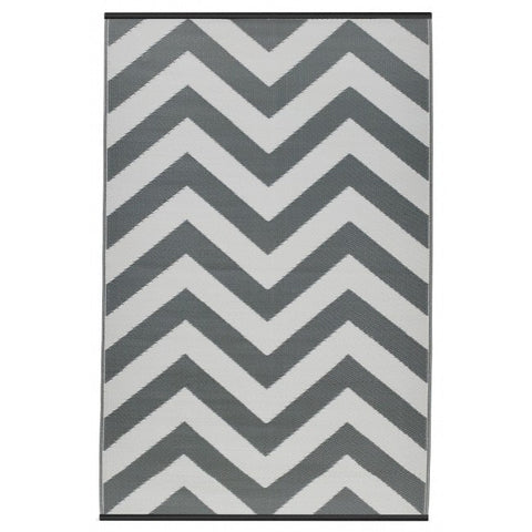 Recycled plastic outdoor rug Laguna paloma and white