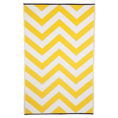 Recycled plastic outdoor rug Laguna yellow