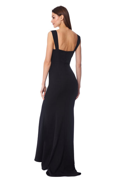Aviana Maxi Dress With Sweetheart Neckline and Shoulder Straps