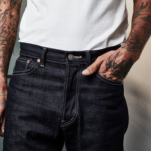 NEW STANDARD FIT JEANS : DD023 14.5OZ LOW TENSION SELVEDGE