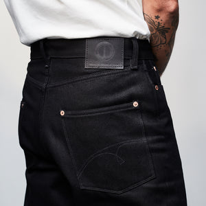 DAWSON WIDE TAPERED FIT JEANS : DD010 BLACK X BLACK SELVEDGE