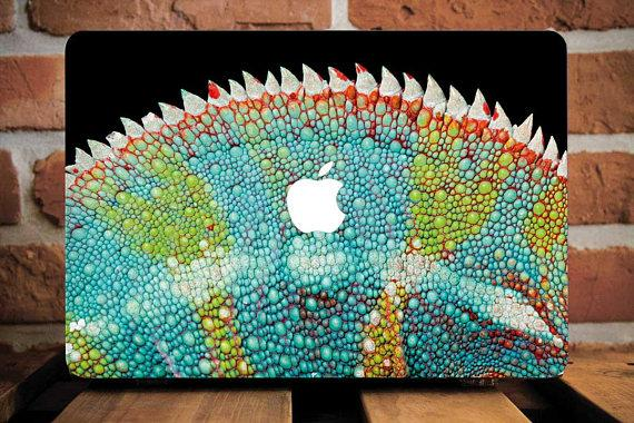 Chameleon Macbook Case