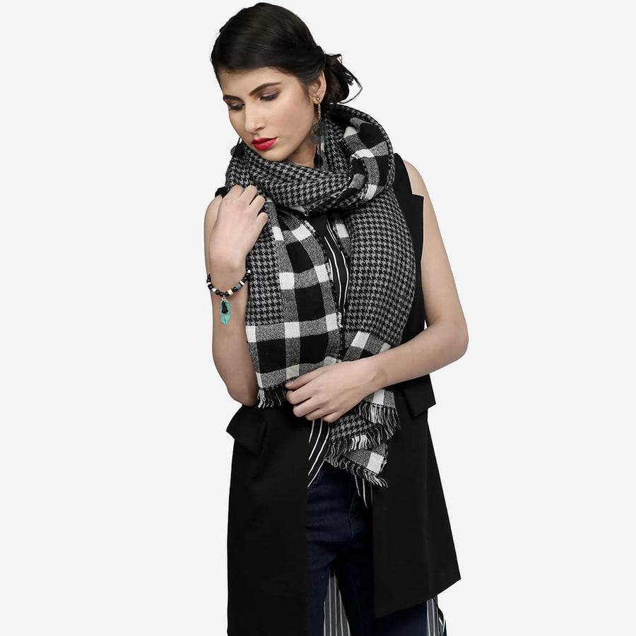 Tribal Checkered Scarf