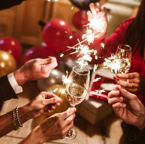 Very Best Tips: How to Choose 2020 New Year Gifts for Family, Friends and Colleagues. Personalized Jewelry Gifts