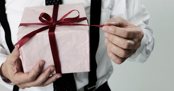 5 Top Tips How To Choose Best Gifts For Your Boyfriend