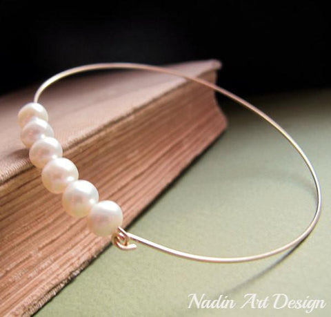 pearls bangle bracelet