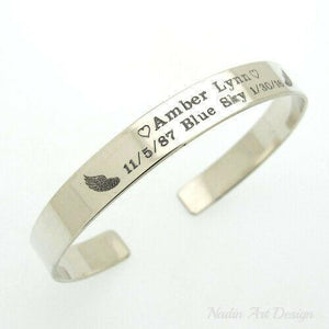Silver wings engraved bracelet