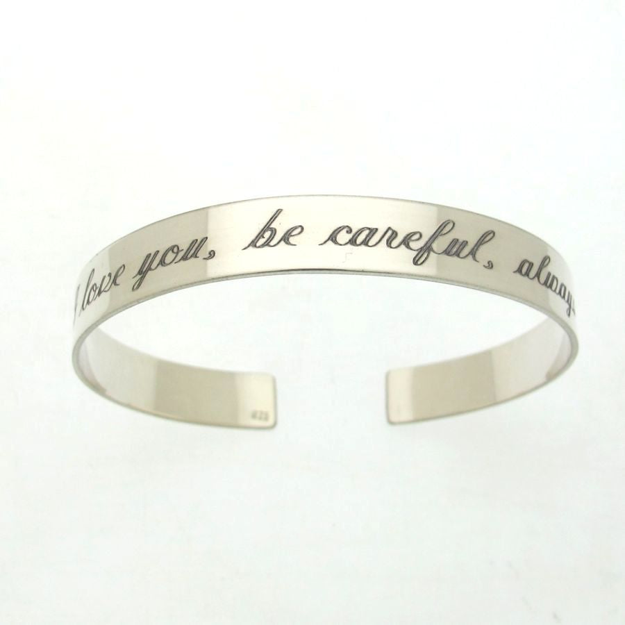 font mignon desi n bracelet products personalized
