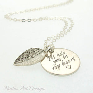 Pendant engraved leaf necklace