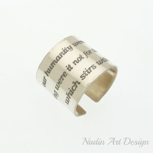 Wide text ring in silver
