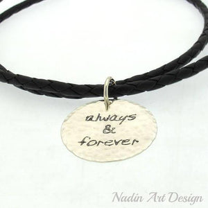 Pendant leather cord necklace