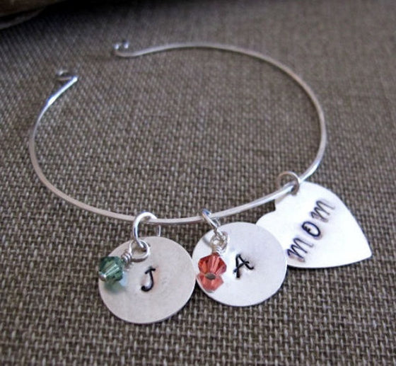 Personalized Mom Bangle Bracelet - Hearts Charm Bracelet