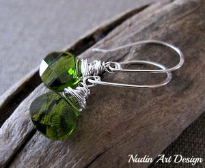 Green crystals dangle earrings