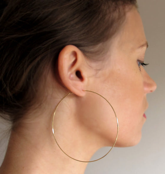 Elegant Classic Large Gold Hoop Earrings