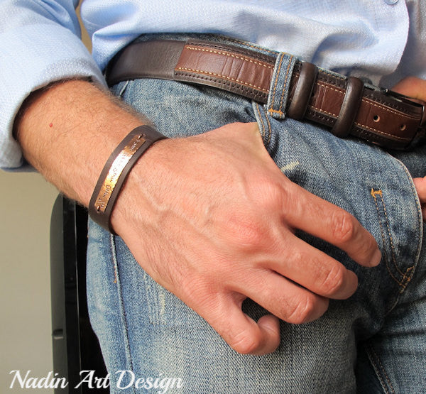 Mens leather bracelet with engraving