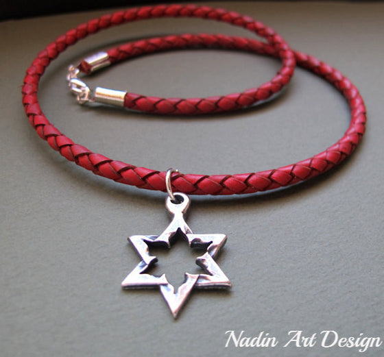 Big star pendant red cord necklace