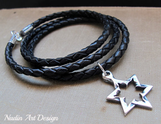 Star Pendant cord necklace