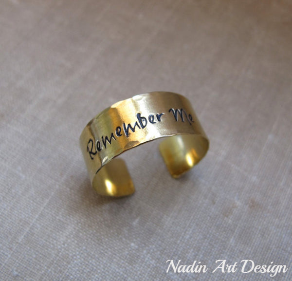 Text adjustable band ring