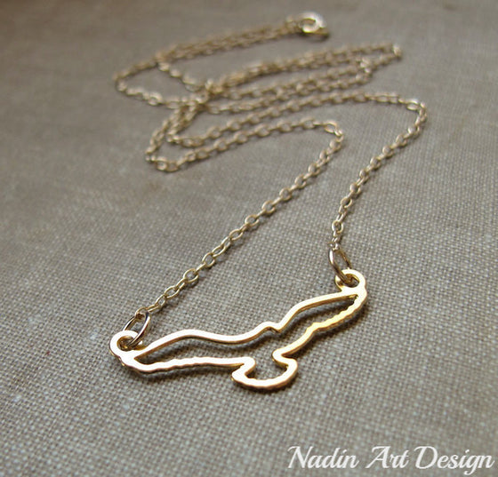 Bird pendant gold necklace