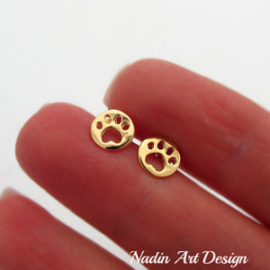 Dog paw earrings in gold