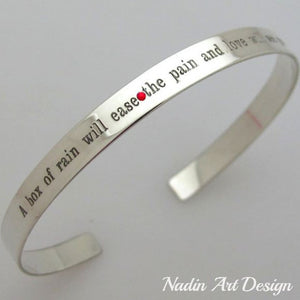 Skinny staple bracelet in silver with engraving