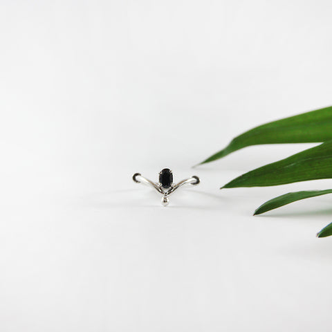 Delicate classic ring