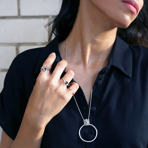 Fine shape statement circle necklace