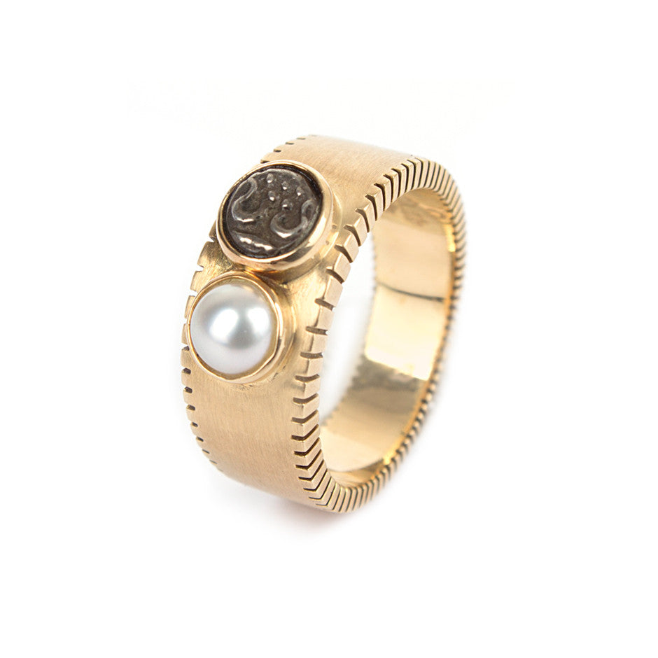 Ahalya Gold, Silver Coin & Keshi Pearl Finger Ring 0208080002A1 - Cover View